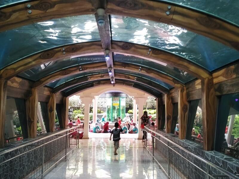 foto akuarium raksasa purbalingga