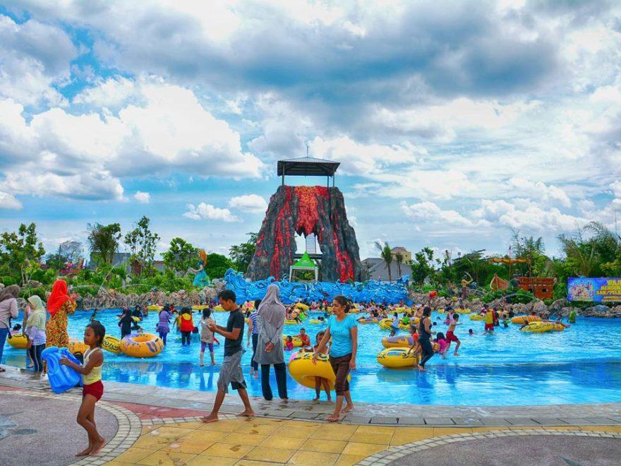 harga tiket masuk wonderland adventure waterpark karawang terbaru