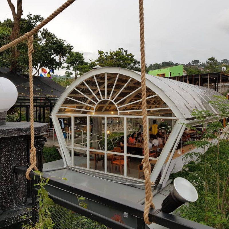tempat nongkrong di bandung Cakrawala Sparkling Nature Restaurant