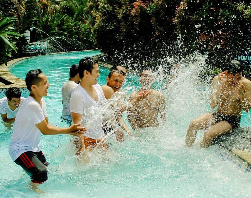 wahana teejay waterpark tasik