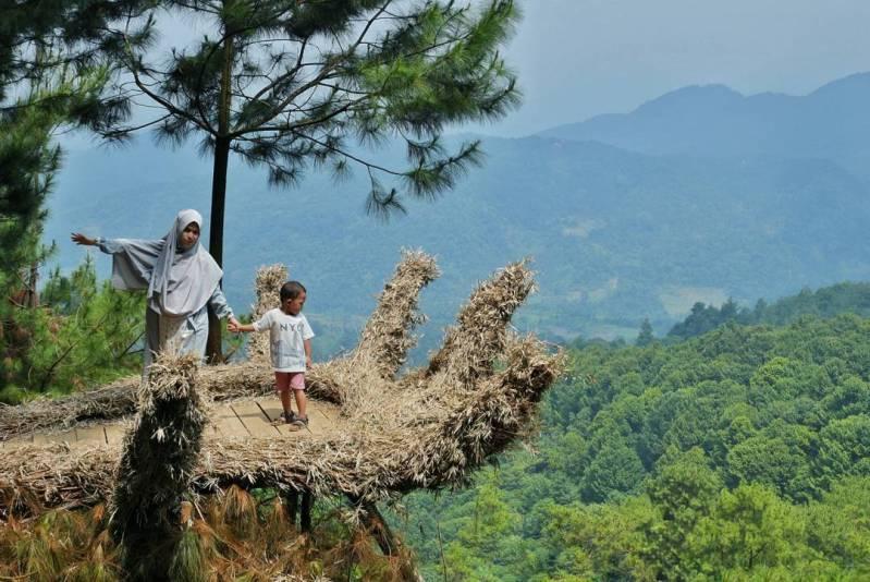 wisata camping ground pabangbon